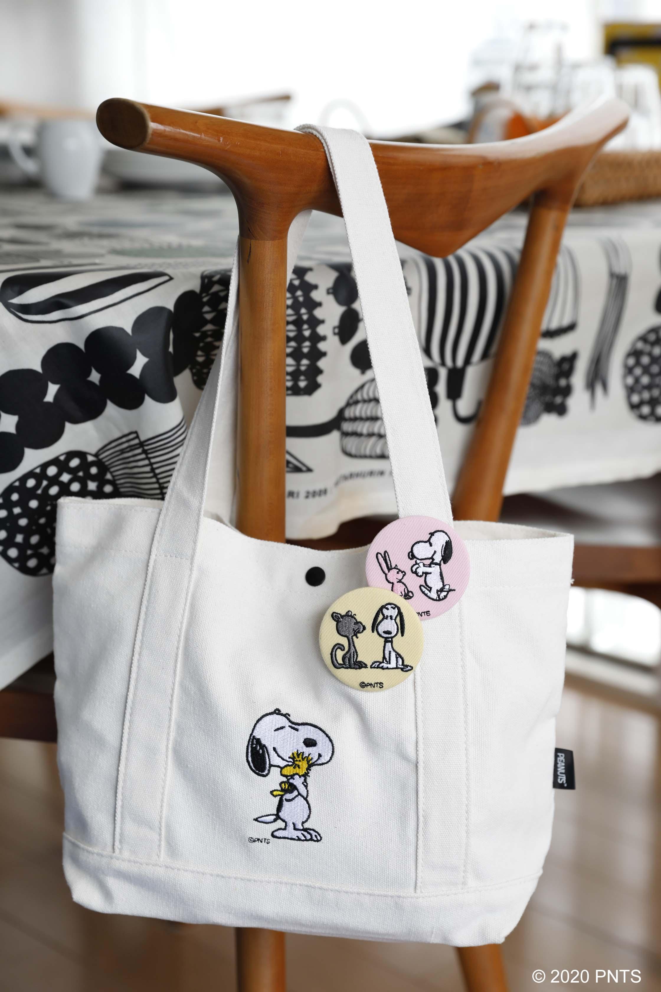 「SNOOPY x WOODSTOCK 刺繍トートバッグ& 刺繍缶バッジ」画像