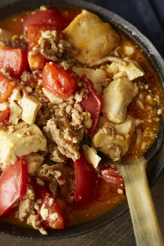 「ひき肉と豆腐のピリ辛トマト煮」紙面